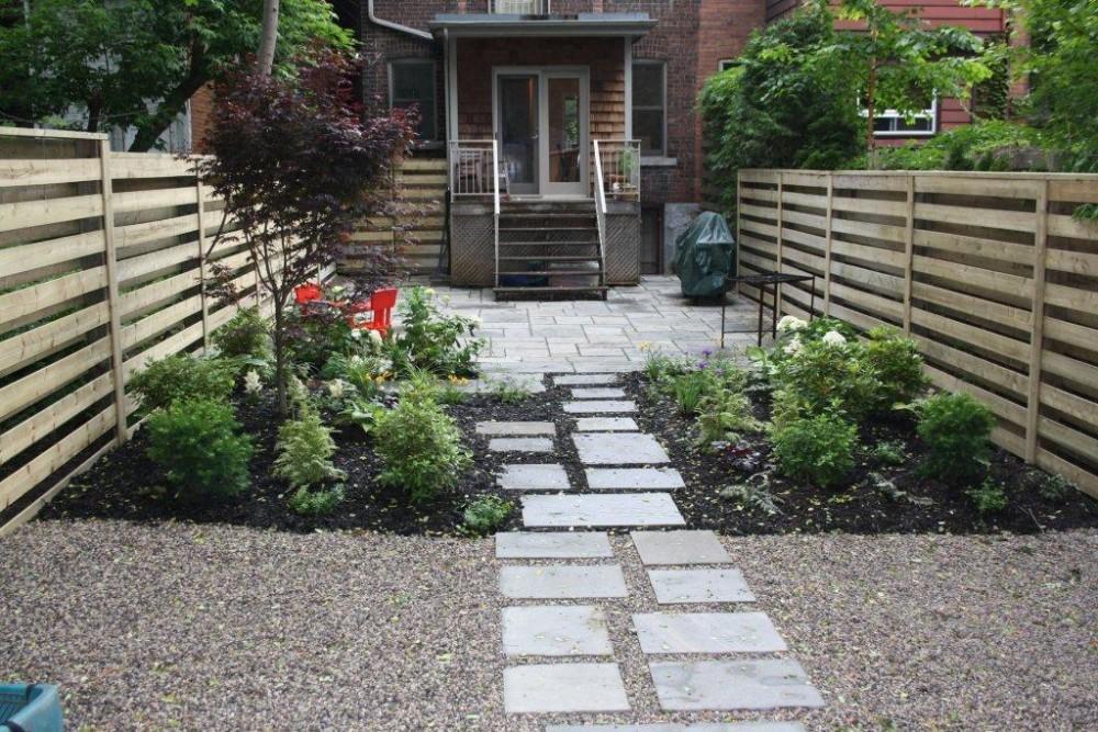 contemporary, stepping stones, pea gravel, natural stone patio, contemporary fence